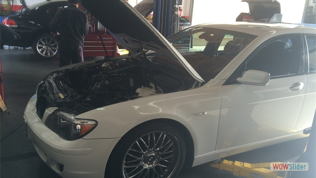 We work on Late model vehicle's and yes even the 7 series BMW's